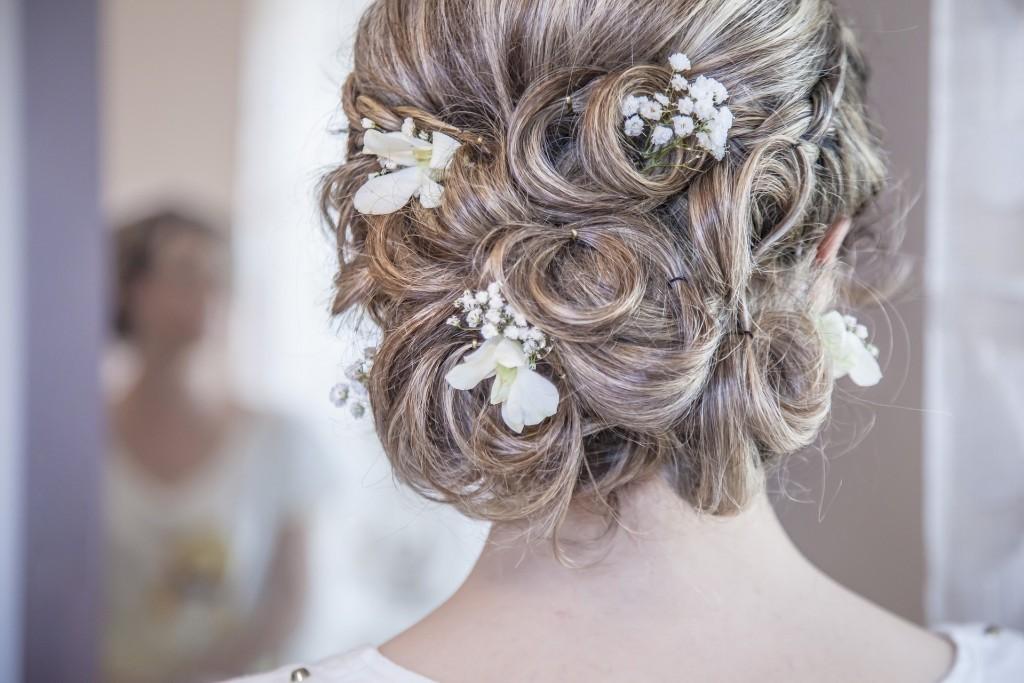 Kapsel van de bruid